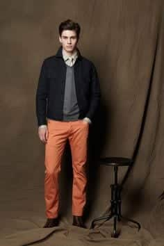 college-outfit-1 Men's Orange Pants Outfits-35 Best Ways to Wear Orange Pants