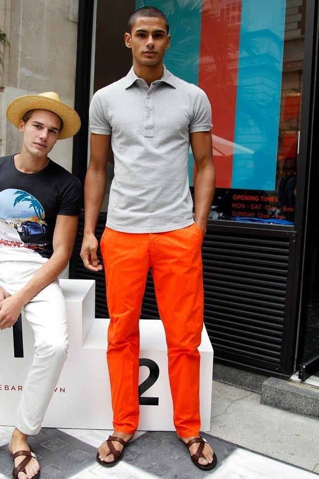 comfortable-outfit-1 Men's Orange Pants Outfits-35 Best Ways to Wear Orange Pants