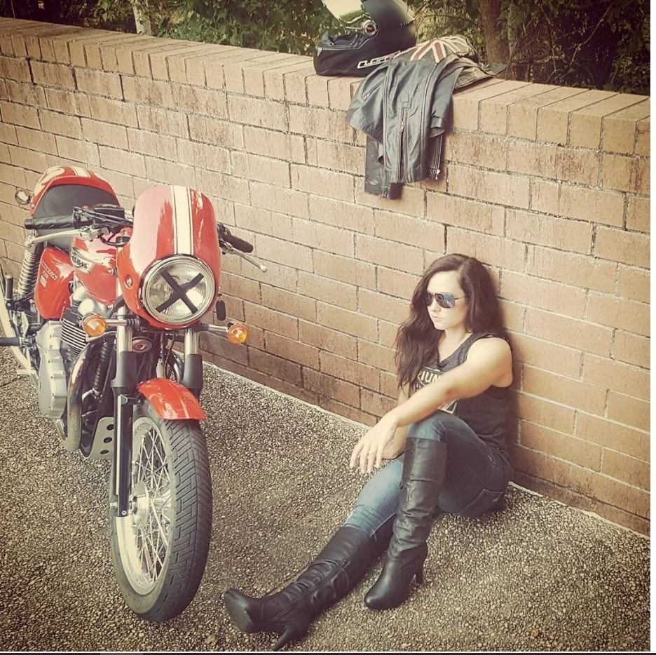 most beautiful biker girls on Instagram (1)