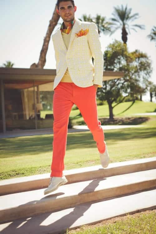 how to wear orange pants for men (26)