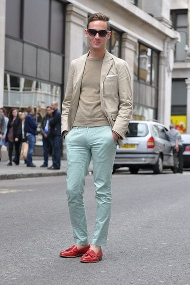 how to wear a mint pant (19)