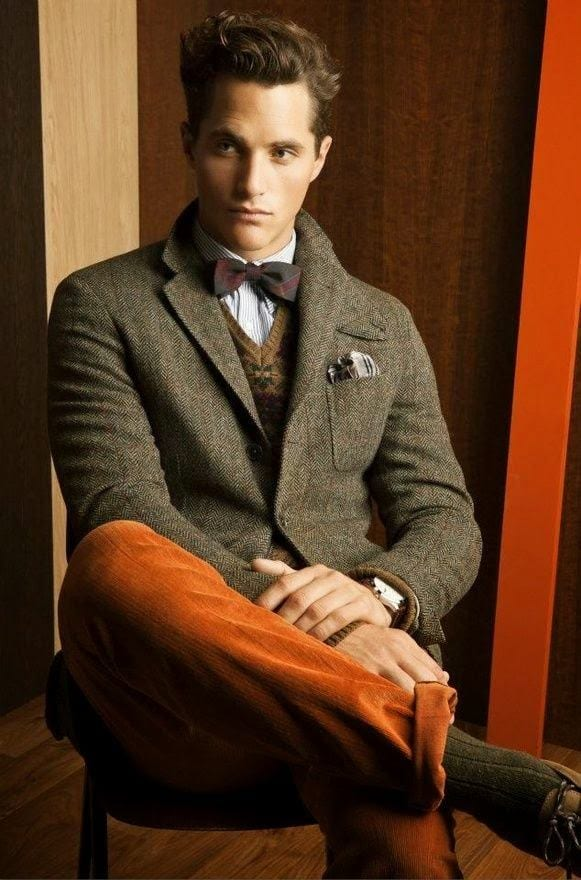 how to wear orange pants for men (17)