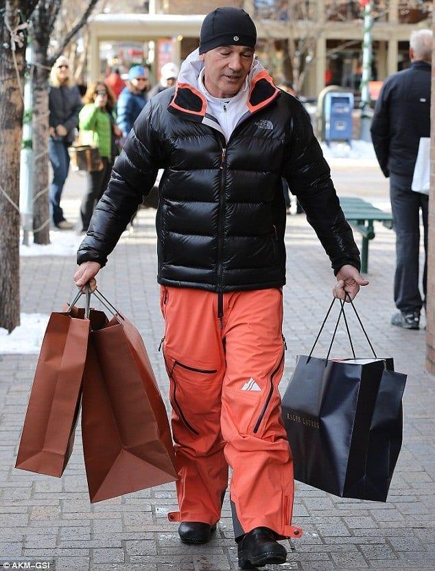 Menu0026#39;s Orange Pants Outfits-35 Best Ways to Wear Orange Pants