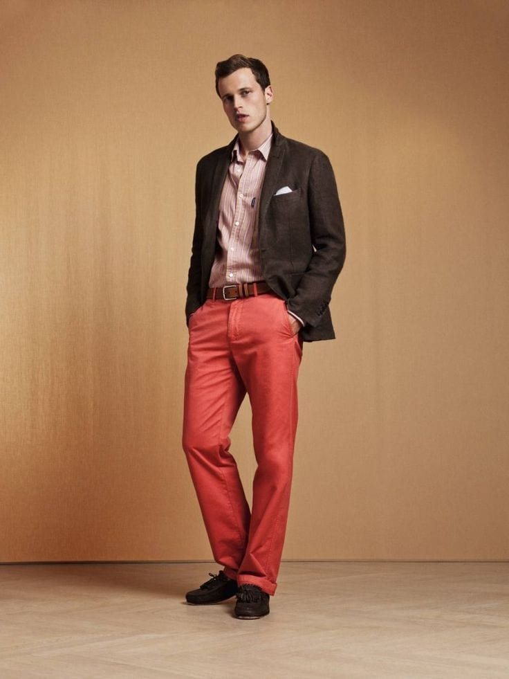 how to wear orange pants for men (14)