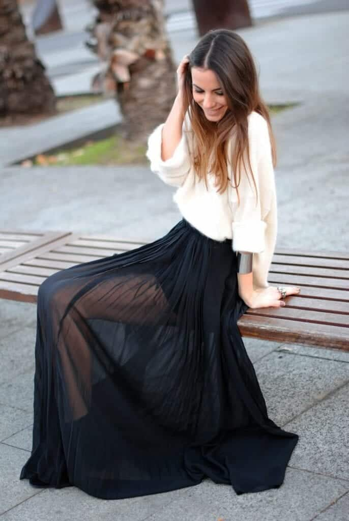 see-through-long-skirt-686x1024 See-Through Outfits Girls-30 Ideas on How to Wear Sheer Outfits