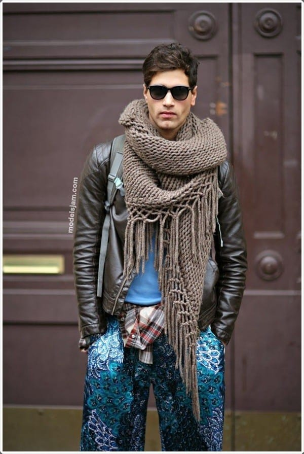 winter-scarves-for-men-11 Funky Outfits For Guys – 16 Really Cool Outfits for Boys These Days