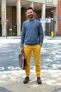 work-outfit-2 Men's Yellow Pants Outfits-35 Best Ways to Wear Yellow Pants