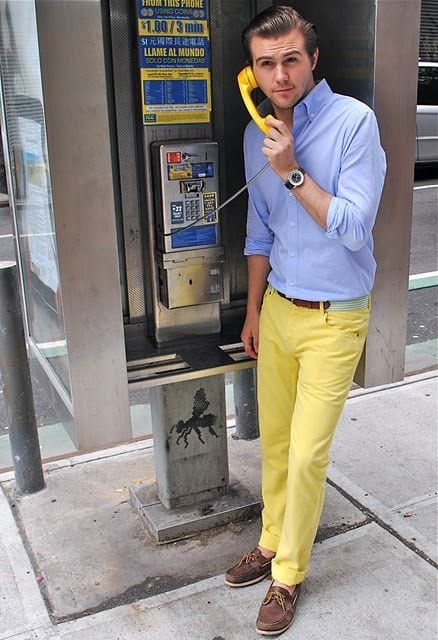 how to wear yellow pants for men (3)
