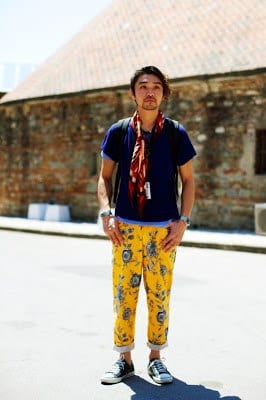 yellow-printed-pants Men's Yellow Pants Outfits-35 Best Ways to Wear Yellow Pants