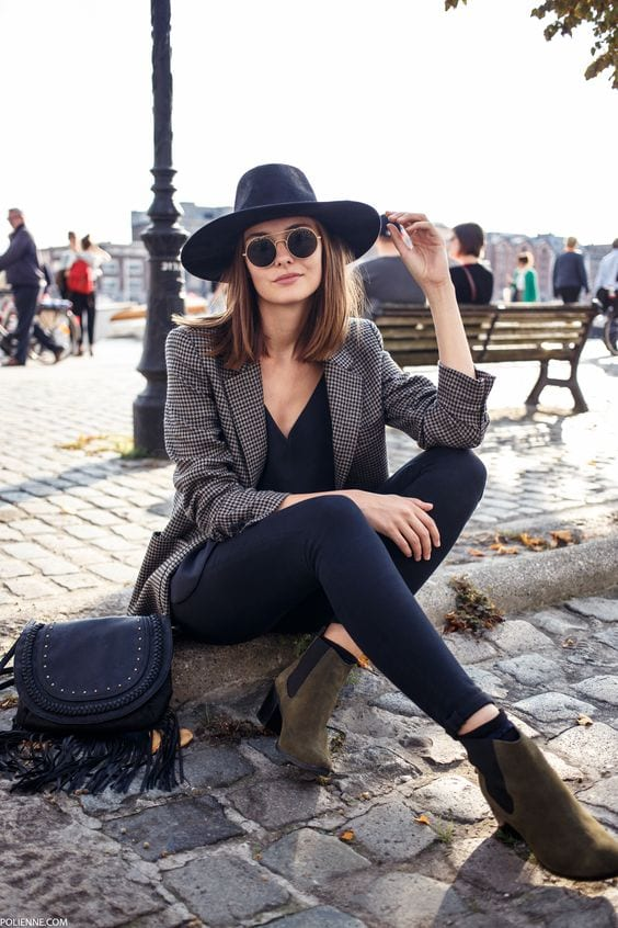 French-Girls-Classy-Work-Attire Latest French Fashion Trends-20 Ways to Dress Like a French Girl