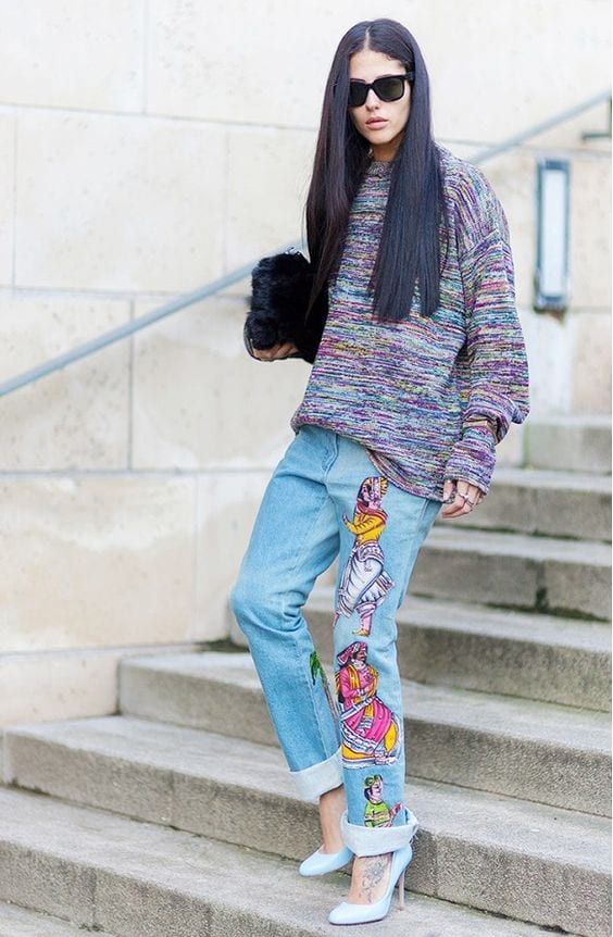 Oversized-Clothing-Style Embroidered Jeans- 27 Ways to Wear Embroidered Jeans to Work