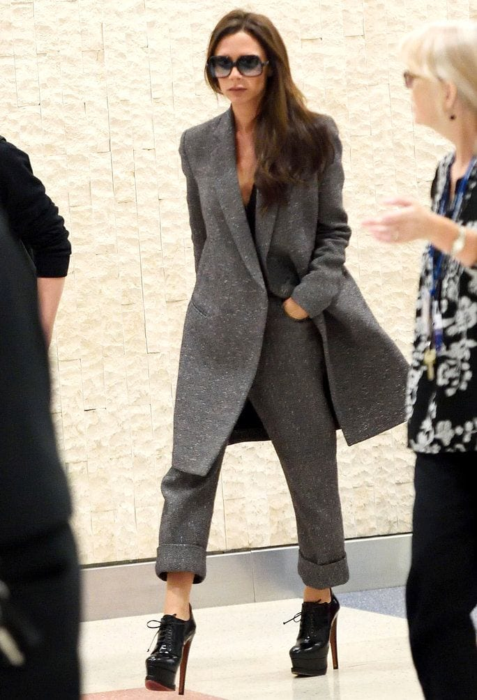 Victoria-Beckhams-Fall-Outfit-for-Work Celebrity Work Outfits for Women-30 Celeb Style Work Outfits
