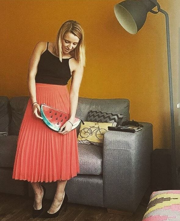 orange skirt outfits (30)