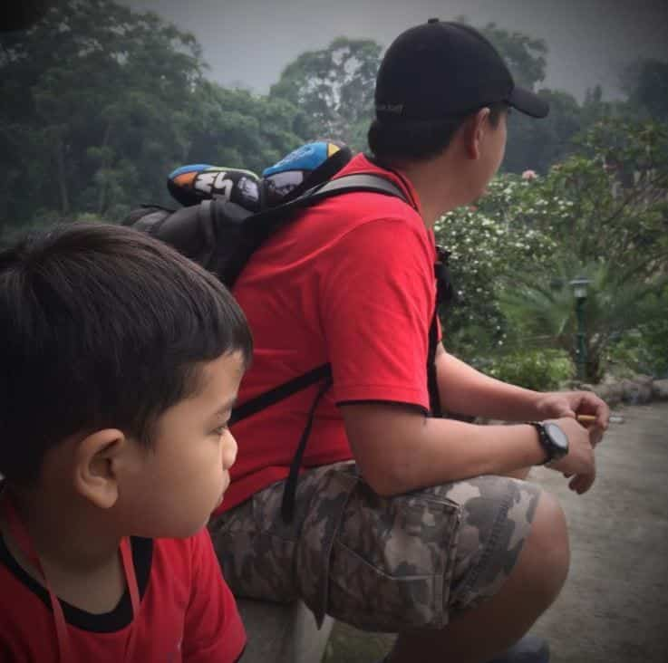 hiking-outfits Father & Son Twinning-30 Amazing Father Son Matching Outfits
