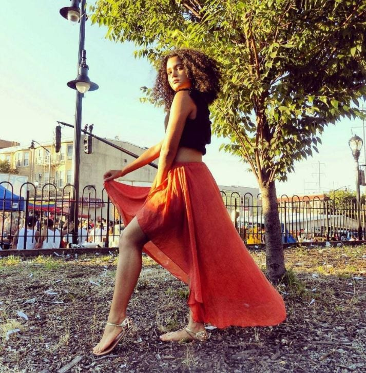orange-high-low-skirt Orange Skirt Outfits - 27 Ideas on How to Wear Orange Skirts