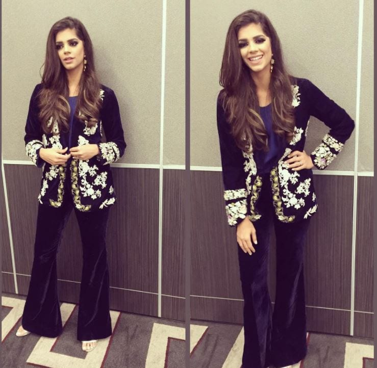 party-wear 20 Elegant Outfits for Pakistani Women Over 30