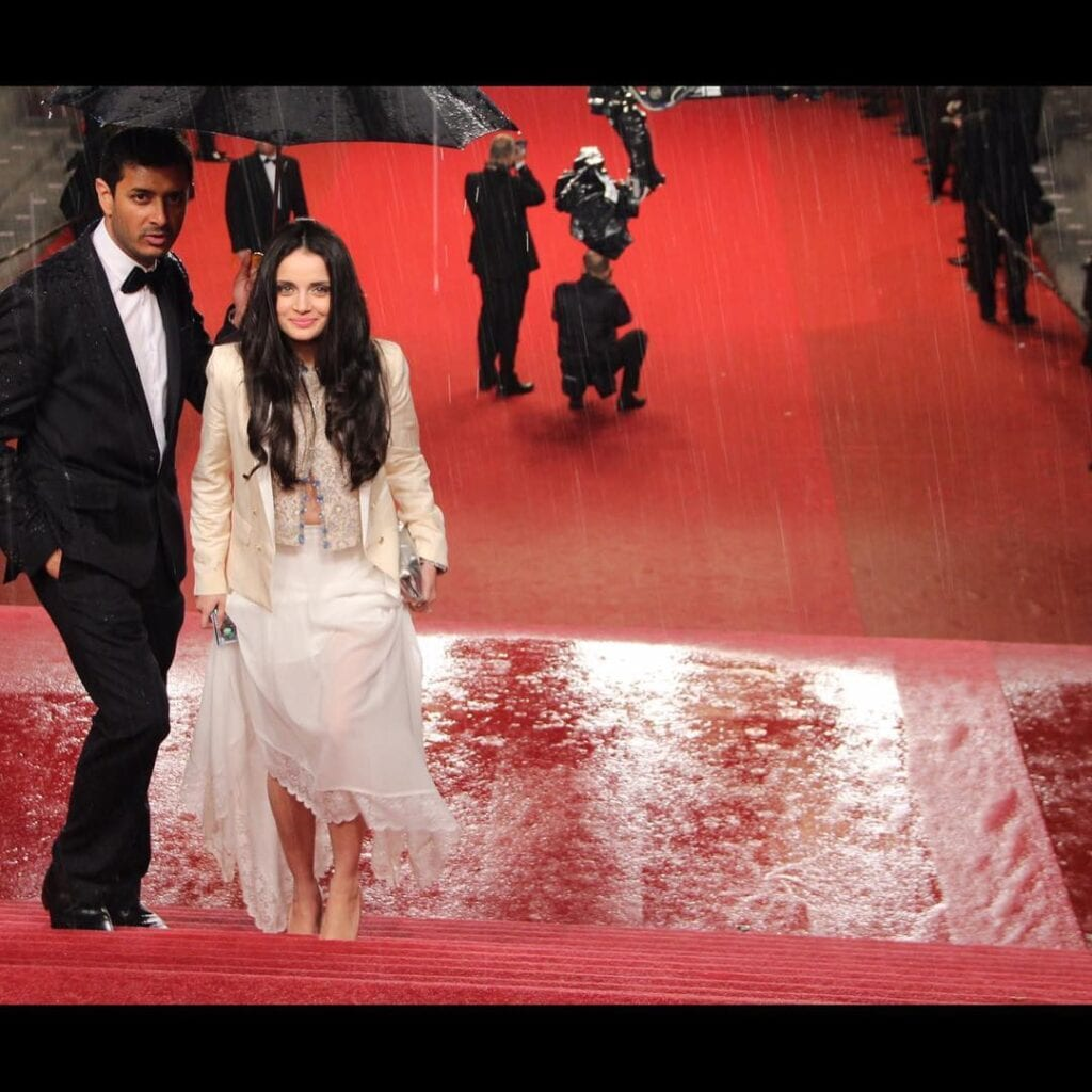 Armeena-Khan-And-Faisal-Khan-3-1024x1024 Pakistani Couple Outfits-25 Best Outfits Of Pakistani Celebrities