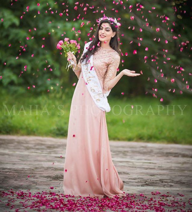 Bridal-Shower-Accessories-For-Pakistani-Brides-To-Be 30 Best Bridal Shower Outfits For Pakistani Weddings