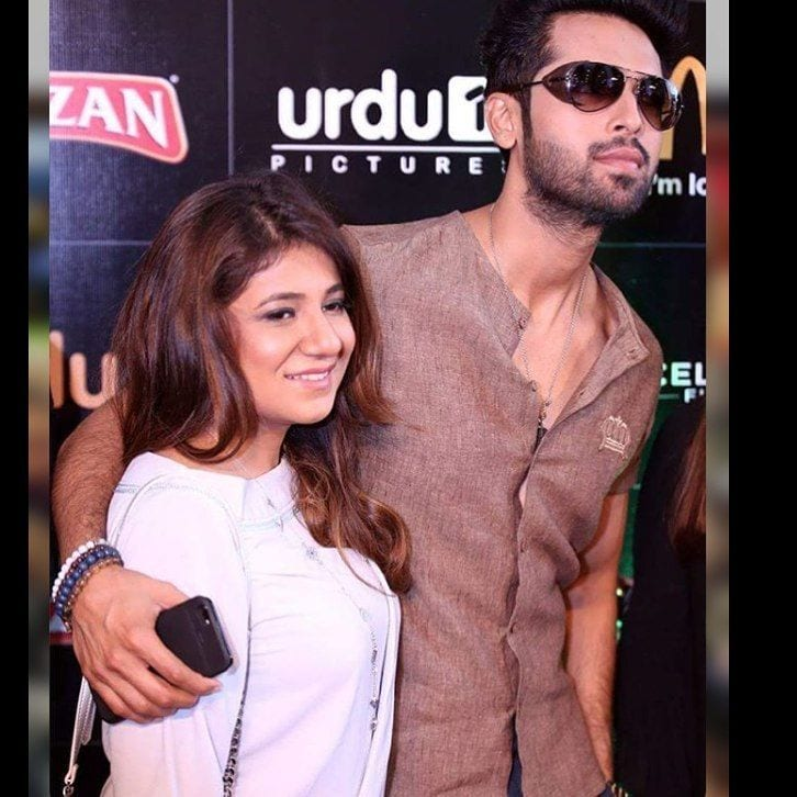 Fahad-Mustafa-With-Wife-2 Pakistani Couple Outfits-25 Best Outfits Of Pakistani Celebrities