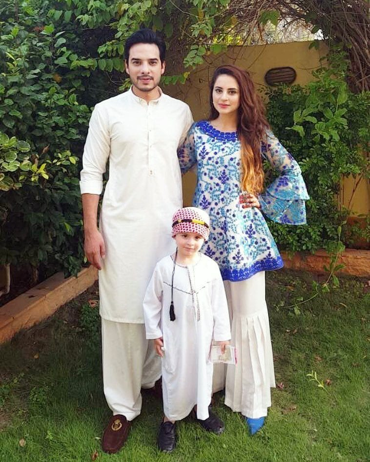 Fatima-Effendi-Kanwar-And-Kanwar-Arslan Pakistani Couple Outfits-25 Best Outfits Of Pakistani Celebrities