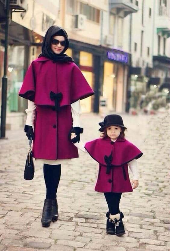 Mommy-and-Daughter-Matching-Fall-Look-Pakistani 20 Coolest Pakistani Mother Daughter Matching Outfits