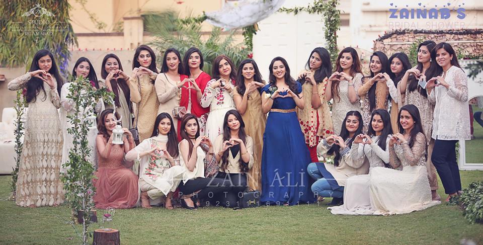 pakistani-bridal-shower-outfit-idea-3 30 Best Bridal Shower Outfits For Pakistani Weddings