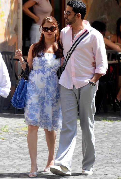 Aishwarya-Rai-and-Abhishek-Bachchan-Honeymoon-Destination 30 Most Beautiful Honeymoon Destinations of Famous Celebrities