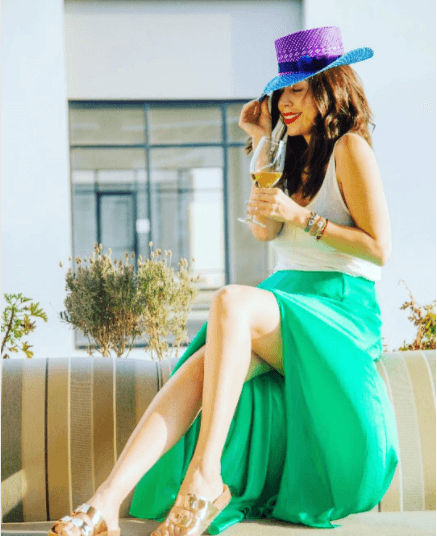 Cool-Attire-with-Colored-Hats Straw Hat Outfits - 20 Ways to Wear a Straw Hat This Summer