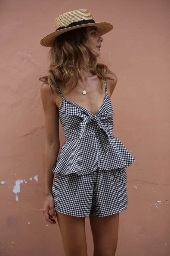 Peplum-Outfits-with-Straw-Hats Straw Hat Outfits - 20 Ways to Wear a Straw Hat This Summer