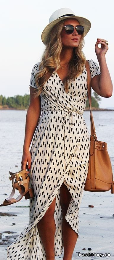 Printed-Dress-with-a-Straw-Made-Hat Straw Hat Outfits - 20 Ways to Wear a Straw Hat This Summer
