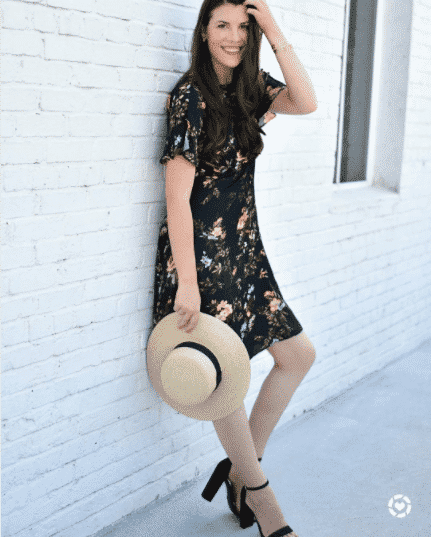 Vintage-Style-Straw-Hat-Outfit Straw Hat Outfits - 20 Ways to Wear a Straw Hat This Summer