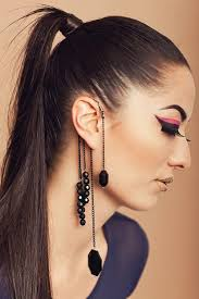 Dangling-Ear-Cuffs-with-Long-Hair 19 Cute Ways to Wear Earrings with Long Hairs