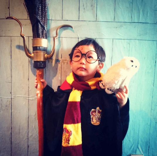 harry-potter-costume-for-kids Kids Halloween Costumes - Top 10 Halloween Costumes for Kids