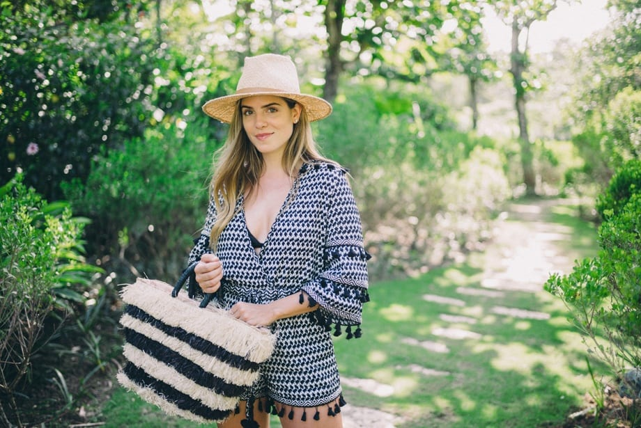 rr6 Women Road Trip Outfits- 20 Ideas How to Dress for Road Trip