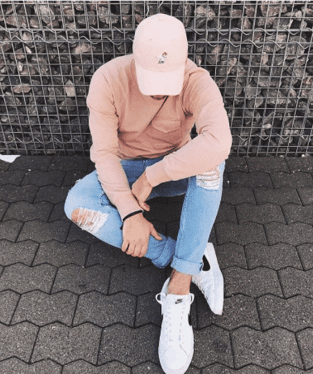 Pastel-Attire-for-High-Schoolers Men Pastel Outfits- 23 Ways to Wear Pastel Outfits for Guys
