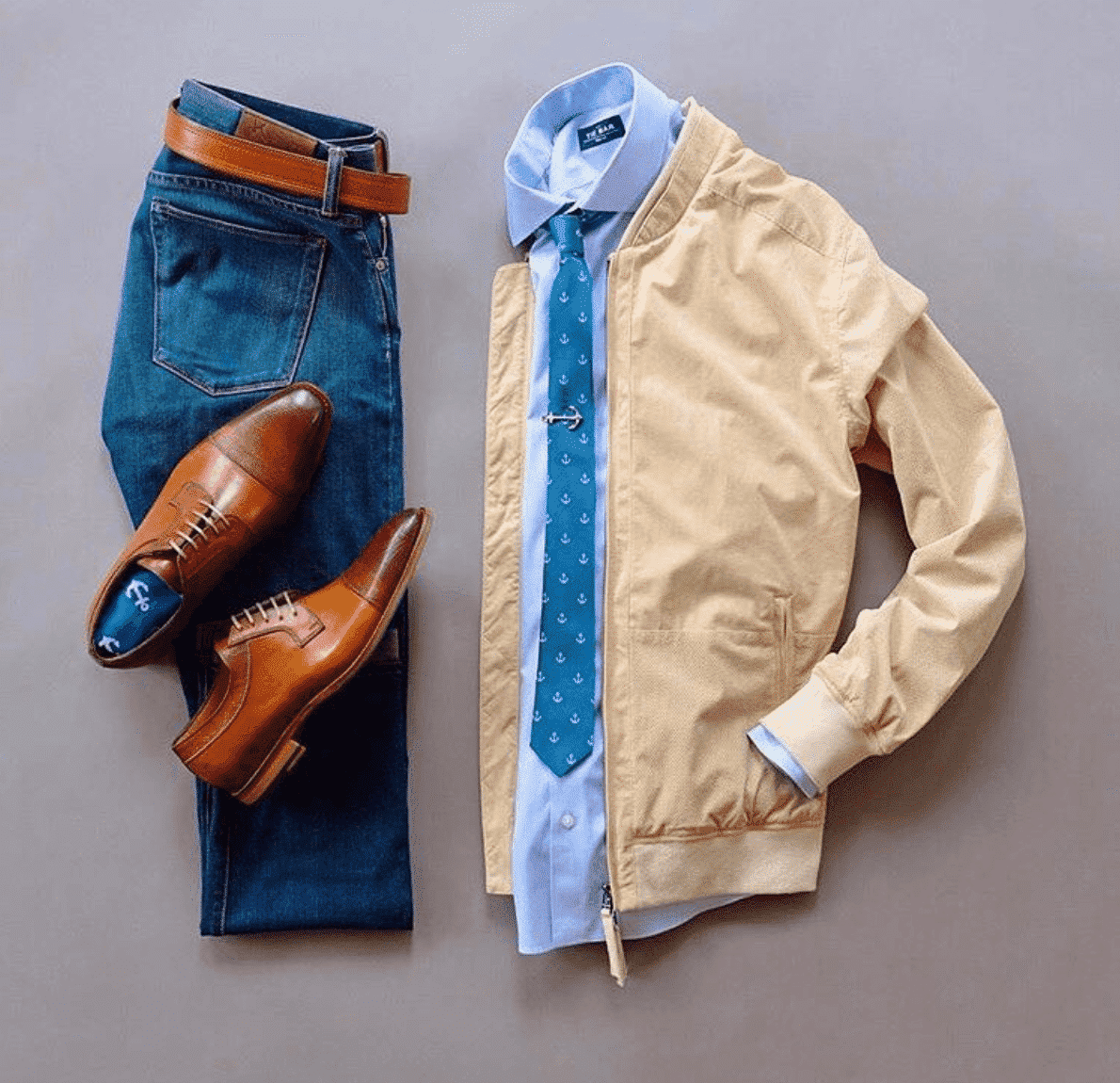 blue-jeans-brown-shoes Fall Outfits for Men-40 Best Fall Fashion Tips for Men