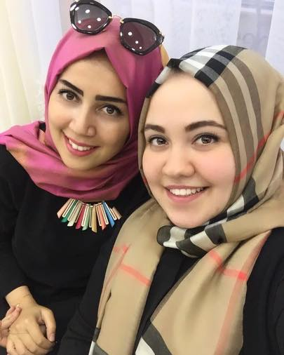 hijab-styles-for-plus-size-women 18 Popular Hijab Fashion Ideas for Plus Size Women