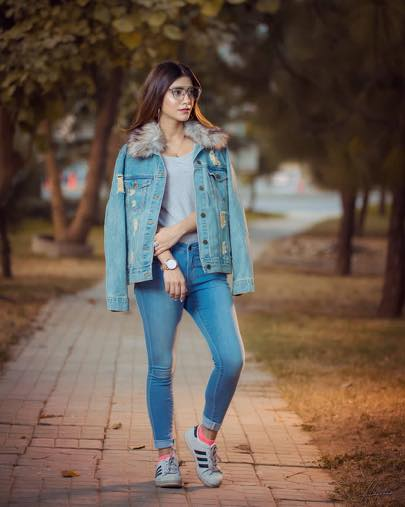 how-to-wear-all-denim-outfits 30 Cute Outfits with Adidas Shoes for Girls to try this Year