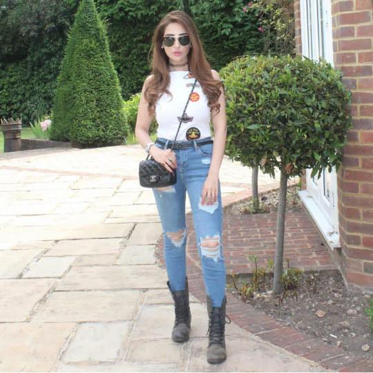 pakistani-girls-street-fashion 18 Chic Pakistan Street Style Fashion Ideas to Follow