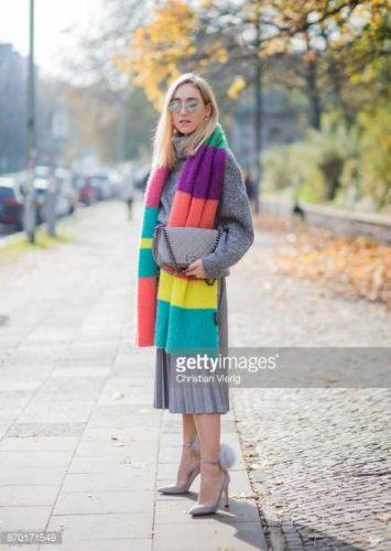 Multicolor-Scarves-355x500 Outfits with Scarves - 26 Ways to Wear a Scarf this Winter