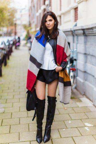 Oversized-Geometric-Print-Scarf-333x500 Outfits with Scarves - 26 Ways to Wear a Scarf this Winter