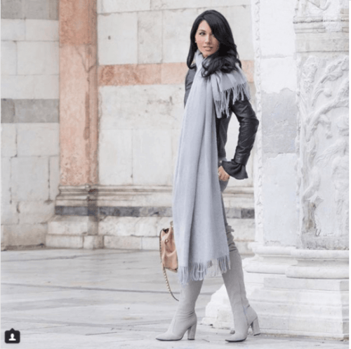 Oversized-Scarves--500x497 Oversized Styles- 30 Ideas on How to Wear Oversized Clothes