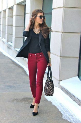 How-to-Wear-Bright-Colored-Bottoms-to-Work-333x500 Wearing Business Casual Jeans-21 Ways to Wear Jeans at Work