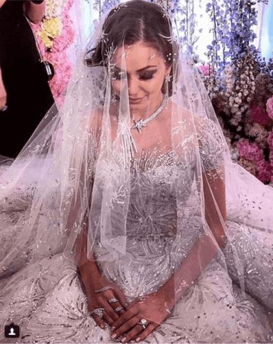 Lebanese-Caged-Veils-398x500 Bridal Birdcage Veil- 20 Best Ideas on How to Wear Cage Veil