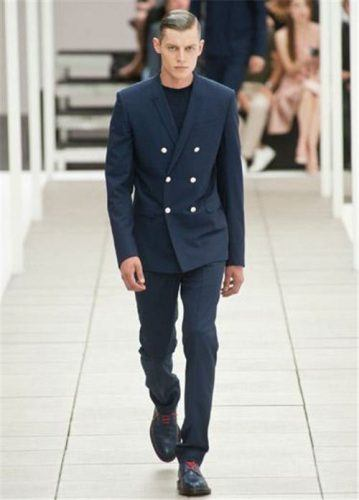 How to Wear Double-Breasted Suits for Men (6)