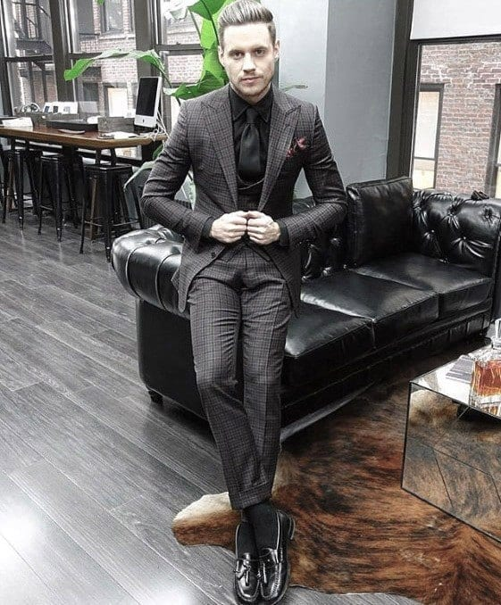 Charcoal Grey Suits with Black Shoes For Men (5)