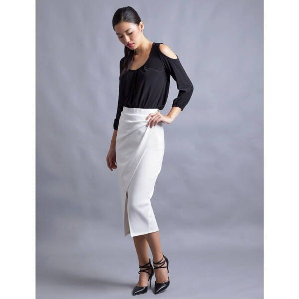 15-600x600 23 Ideas What to Wear With Cold Shoulder Top for Women