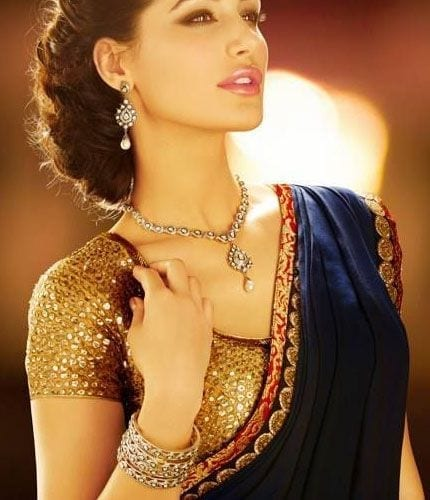 38 30 New Saree Blouse Designs 2018 You Must Try
