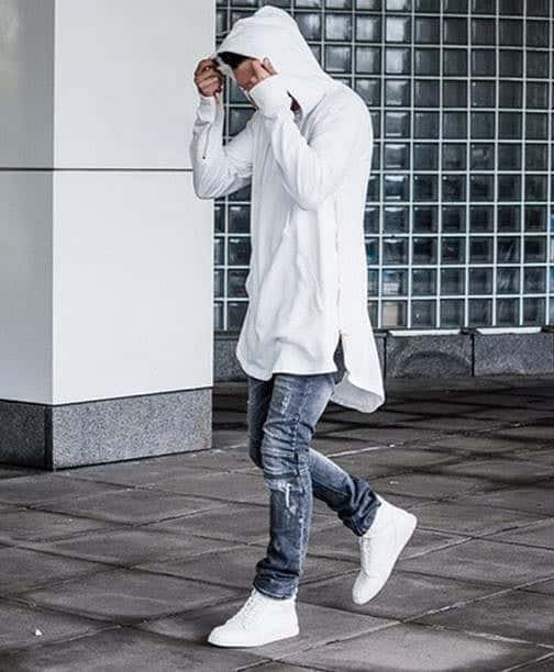 The-Hip-Jop-Look 25 Outfits to Wear with White Sneakers for Men