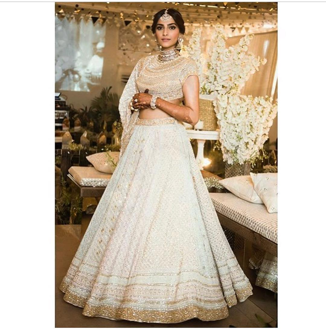 14 Sonam Kapoor Wedding Pics - Engagement and Complete Wedding Pictures